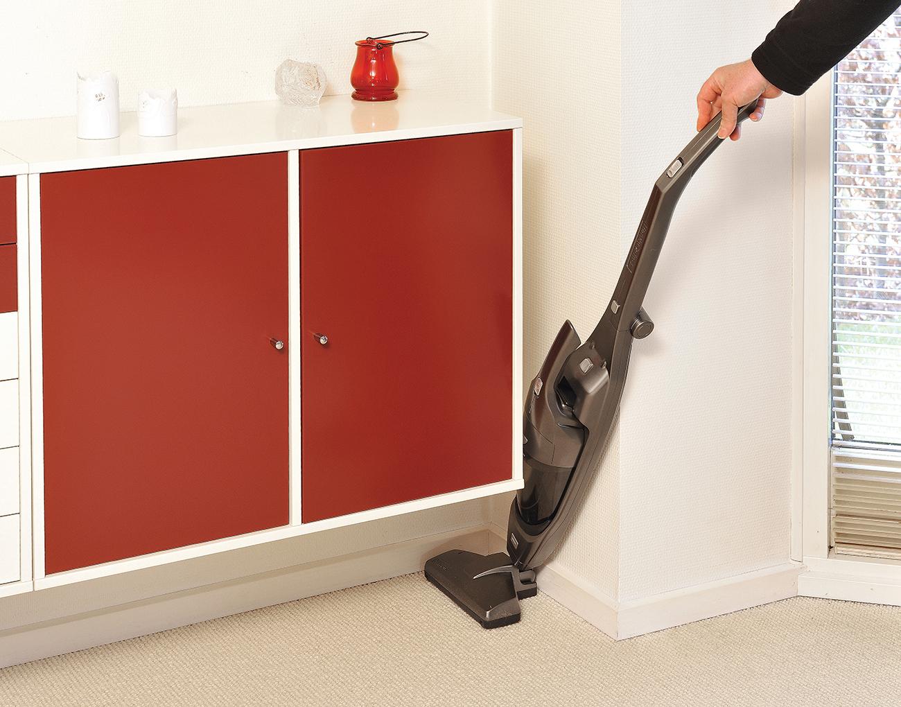 nilfisk handy 2 in 1 25 2v ii ion black k b nu til dkk. Black Bedroom Furniture Sets. Home Design Ideas